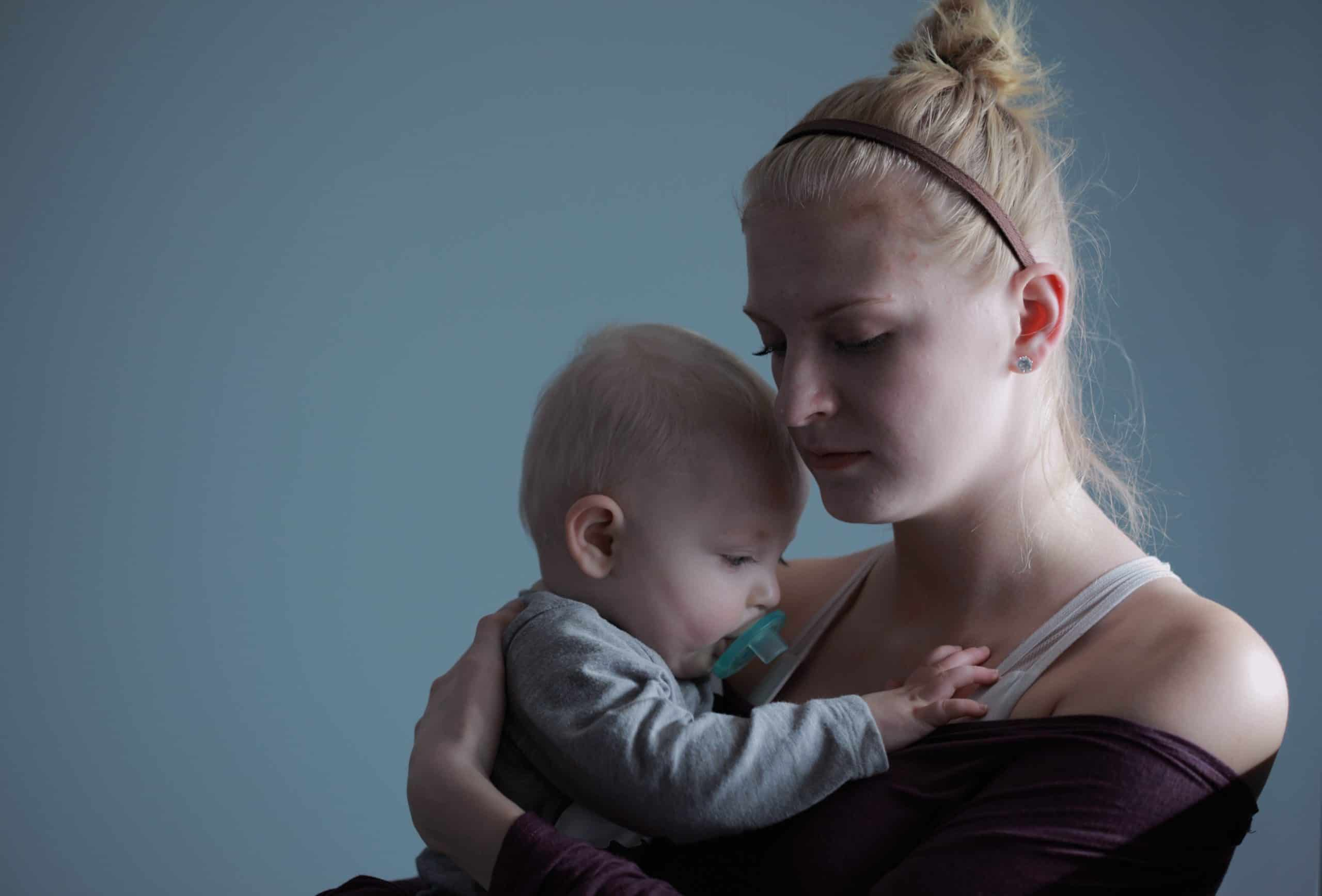 Single Mother Challenges And Difficulties